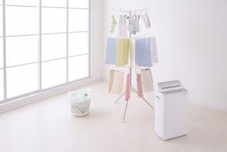 衣類除湿乾燥機は良く乾く?電気代やエアコン除湿との違いは?